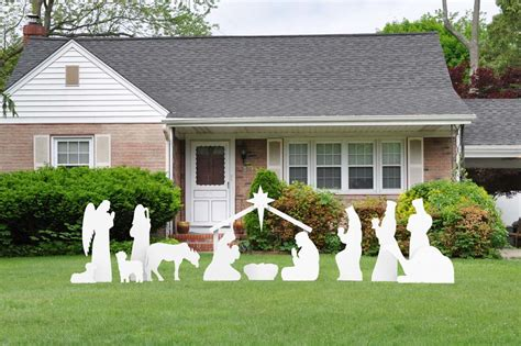 nativity outdoor decoration helpful guide to large outdoor decorations