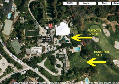 playboy mansion backyard hugh hefner selling 28m mansion huffpost