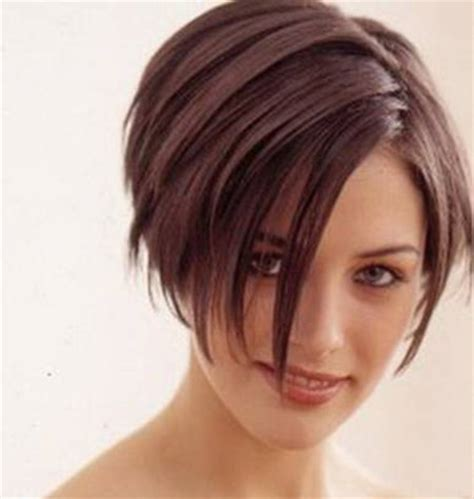 does short straight and slightly layered hair look good short hairstyles for straight hair short hairstyles 2017