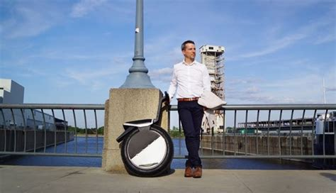Segway Techie Divas Guide To Gadgets by Meet Motopogo A Cross Between A Segway And A Motorbike