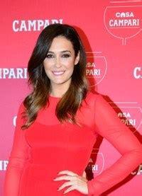 puro maldini la pasin 8408113763 vicky martn berrocal pura pasin en rojo en la presentacin de su vestido del calendario cari