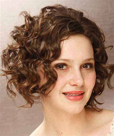 short hairstyles for oval face and thick wavy hair 15 latest short curly hairstyles for oval faces short