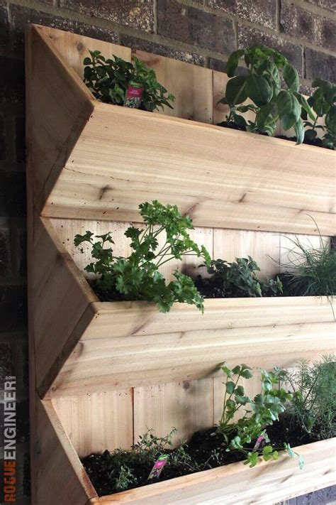 diy herb garden box 25 best ideas about vertical planter on pinterest