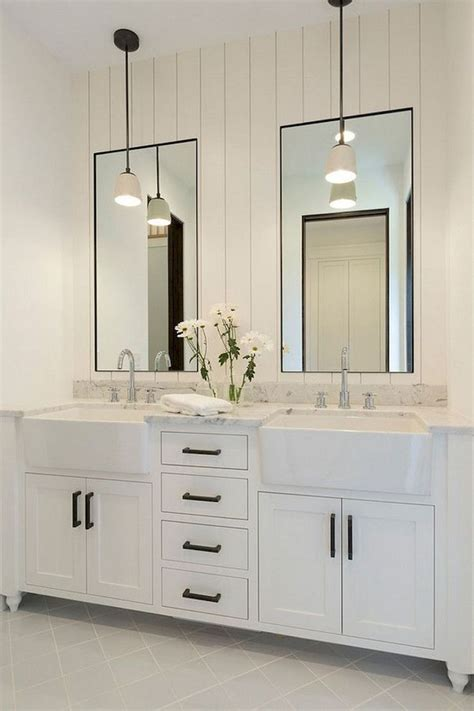 Modern Mirrors For Bathroom by Best 25 Modern Farmhouse Bathroom Ideas On