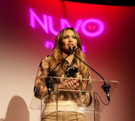 Jlos In Hollyscoop by Jlo Inc The Business Of Being