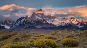 chile or argentina which is better argentina chile mount fitz roy mountains clouds dusk