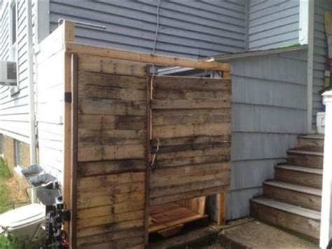 how to make a shower out of a bathtub 10 diy outdoor pallet shower ideas pallets designs