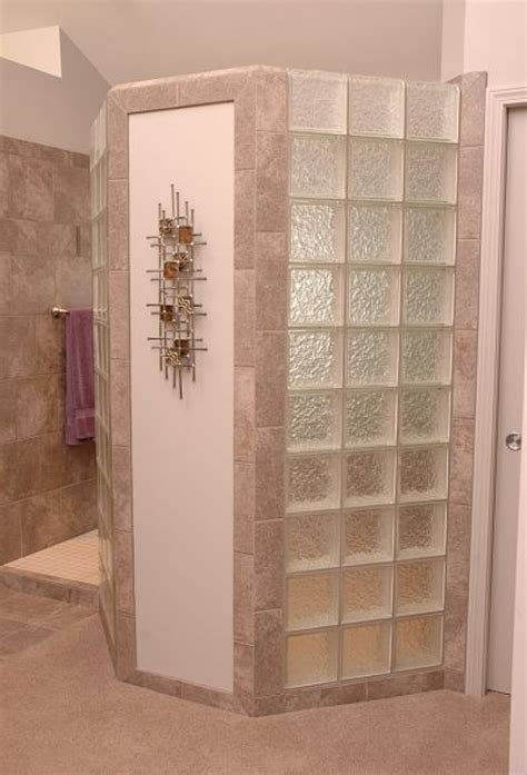 Glass Block Showers Small Bathrooms Doorless Shower This Doorless Walk In Shower Design Has A Glass Block Privacy Wall