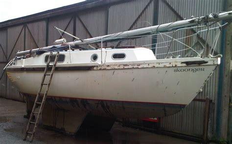 boat salvage parts uk lancs salvage damaged reparable cars vans bikes boats