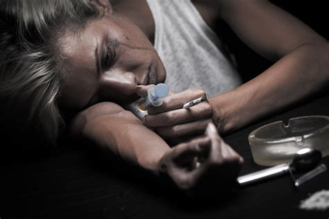 Can A Person Detox From Heroin At Home by Synthetic Abuse Flakka Takes Florida In Its Grip