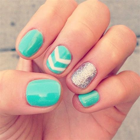 easy nail art chevron chevron glitter nails cute pinterest