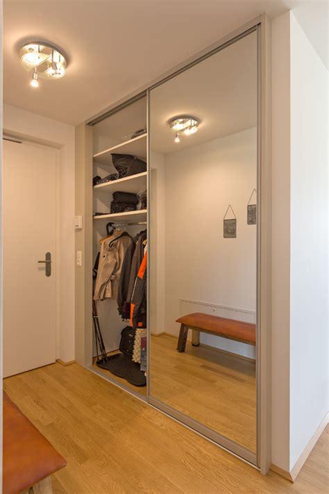 flur eingang garderobe garderobe auf zu