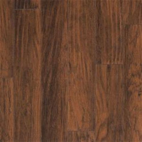 clarion farmstead hickory laminate flooring 5 in x 7 in
