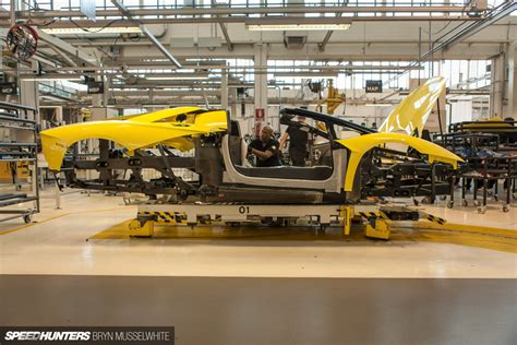lamborghini factory this is where new lamborghinis are born speedhunters