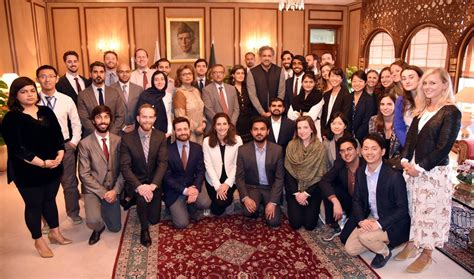 Harvard Mba Hbs Prosective Student Diversity Day by Delegation Of Harvard Students Calls On Pm