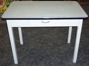 2044 hoosier type porcelain top table with drawer 40