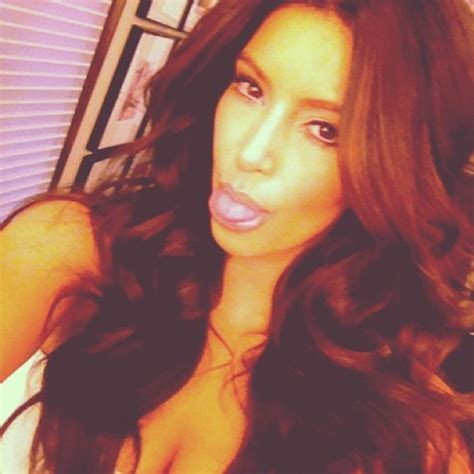 instagram kim kardashian official kim kardashian instagram pics 11 celebrity gossip news