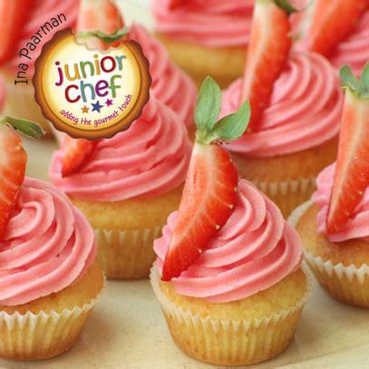 frosting verkeersbord 70 jaar mini cupcakes 3 5cm ina paarman mini strawberry cupcakes