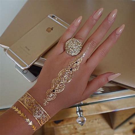 hand tattoo gold 20 shiny and girlish gold henna tattoos styleoholic