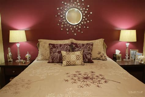 Maroon Bedroom Ideas by Maroon Bedroom On