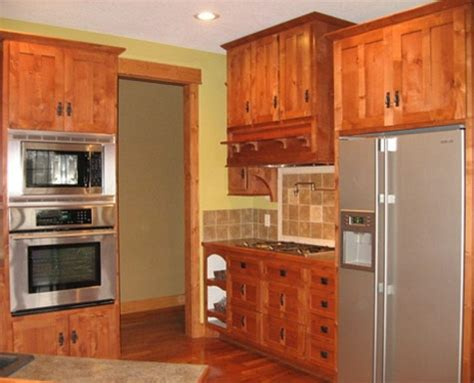 mission kitchen cabinets 17 best ideas about mission style kitchens on pinterest