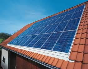 marques de panneaux solaires r 233 nover sans se tromper