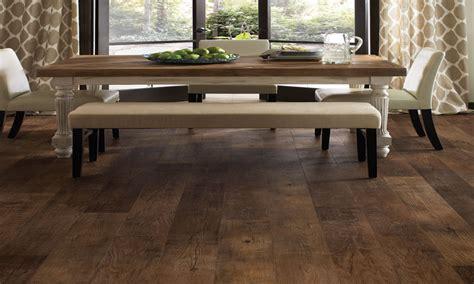 Wood look vinyl flooring, luxury vinyl wood planks