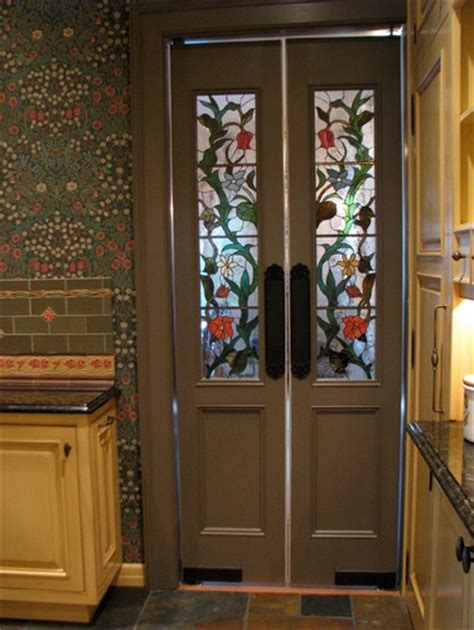 stained glass pantry doors pin by kizilod on arts crafts craftsman mission and prairie style
