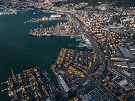 porto della spezia pi 249 traffico ferroviario per il porto di la spezia logistica