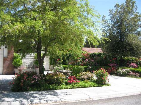 viali giardino vialetto giardino crea giardino come realizzare