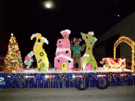 25 best ideas about christmas parade floats on pinterest