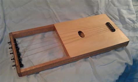 Handmade Instrument - instruments 5 stringed lyre