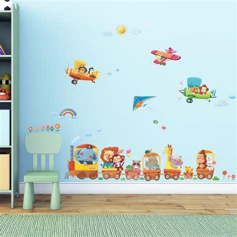 chambre d enfant pas cher les stickers muraux la nouvelle tendance d 233 co 224 petit prix