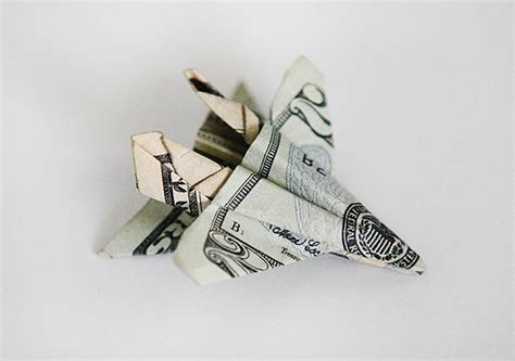 Origami F 18 - gifting money with origami f 18 fighter jet