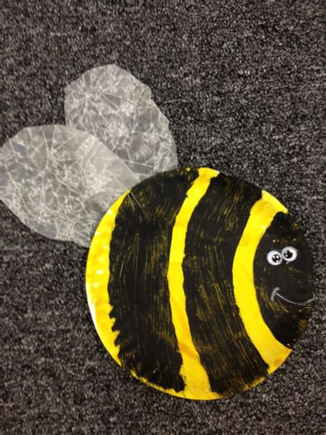 Bumble Bee Paper Plate Craft - preschool bumble bee craft classroom ideas