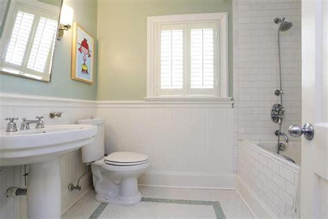 Bathroom Beadboard Ideas by Alluring Subway Tile Beadboard Bathroom On Inspiration