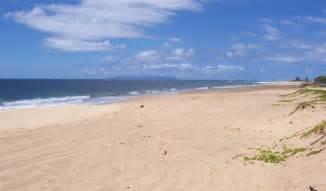 sand beaches kekaha beach kauai get the scoop on kauai beaches kauaibeachscoop com