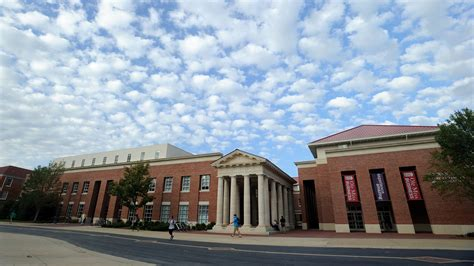 Mba Mississippi College by Ole Miss Mba Program Ranked By Businessweek Ole Miss News