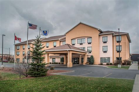 comfort inn farmington comfort inn suites farmington victor 2017 room prices