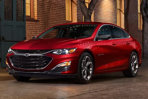 2019 Chevrolet Vehicles by 2019 Chevrolet Malibu Rs Drive Review Autotrader