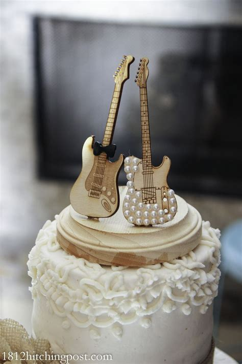 25  best ideas about Music wedding cakes on Pinterest