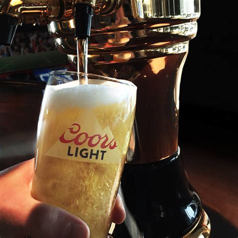 how many calories in coors light calories in half a pint of coors light mouthtoears com