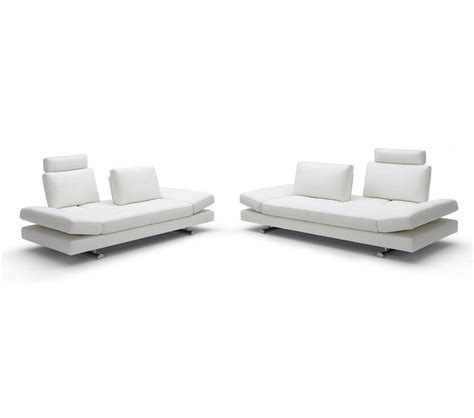 sofa and love seat dreamfurniture com contemporary white leather sofa and
