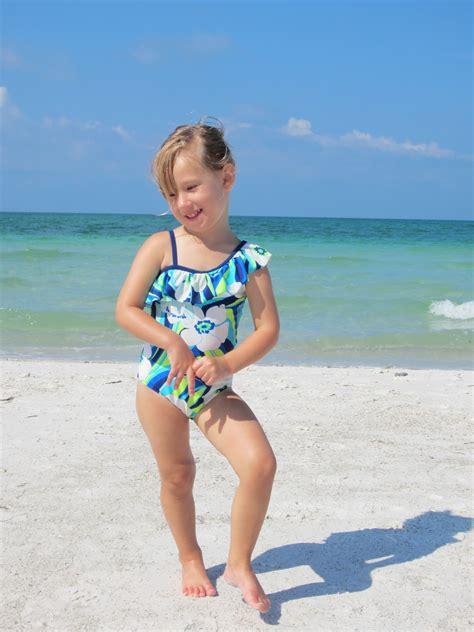 little girl models beach little girls at the beach hot girls wallpaper