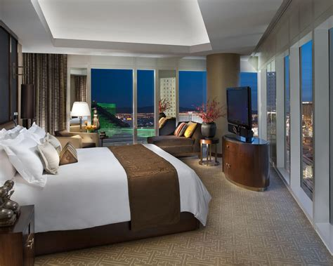 Trendy Home Decor by Luxury Hotel Bedroom Design Decobizz Com