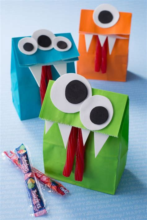 How To Make Paper Goody Bags - crafts and treats the idea room