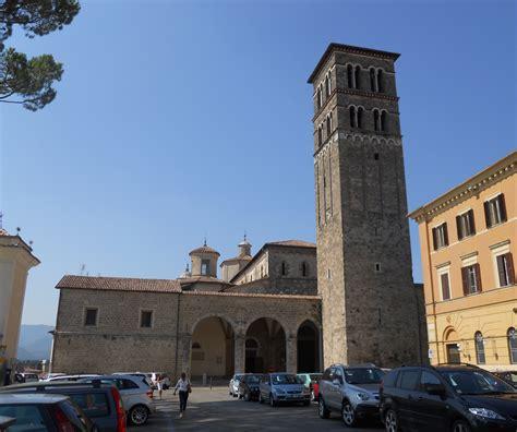 di rieti file cattedrale di rieti esterno 6 jpg wikimedia commons