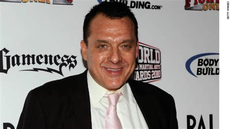 Las Vegas Nv Warrant Search Tom Sizemore Jailed Briefly On Battery Warrant Cnn