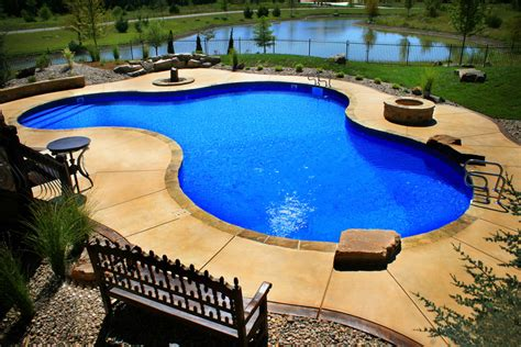 Designing Your Backyard Pool Liners Tendercare Lawn Amp Landscape