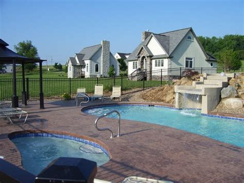 Premier Cottages Berlin Oh by Pin By Pat Curen On Amish A Gentle